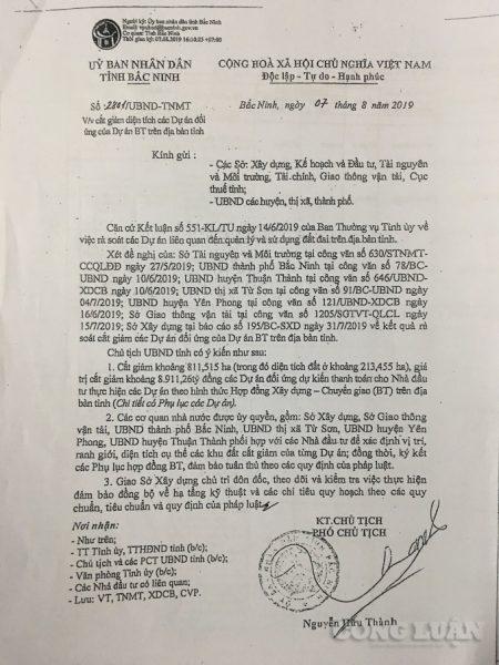 """Tỉnh chưa ra văn bản điều chỉnh, huyện Yên Phong vẫn """"đè"""" người dân ra cưỡng chế?"""