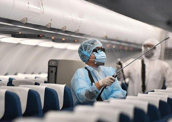 Rà soát toàn bộ người đi trên chuyến bay có người nhiễm Covid-19 để cách ly