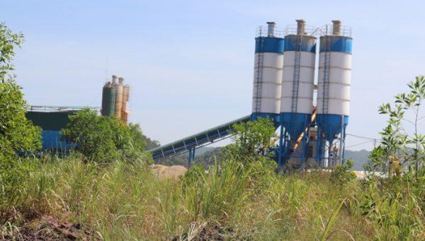 Quảng Ninh: Lấn đất mở cảng, xây trạm trộn bê tông trái phép