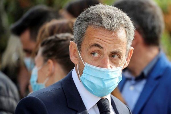 Cựu Tổng thống Pháp hầu tòa vì cáo buộc tham nhũng