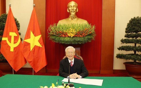 Tổng Bí thư, Chủ tịch nước Nguyễn Phú Trọng điện đàm với Thủ tướng Nhật Bản Xư-ga Y-ô-si-hi-đê