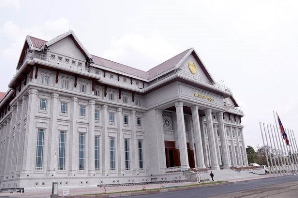 Việt Nam bàn giao công trình Nhà Quốc hội phục vụ Kỳ họp thứ nhất Quốc hội Lào