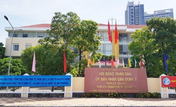 """TP Hồ Chí Minh: Vì sao UBND quận 7 chậm giải quyết cấp """"sổ đỏ""""?"""