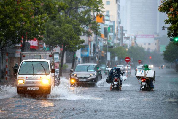 Dự báo không khí lạnh tăng cường gây mưa lớn ở Trung Bộ trong 3 ngày tới