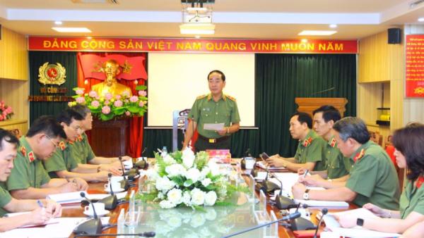 Đề nghị thi hành kỷ luật một số tổ chức đảng và đảng viên Công an