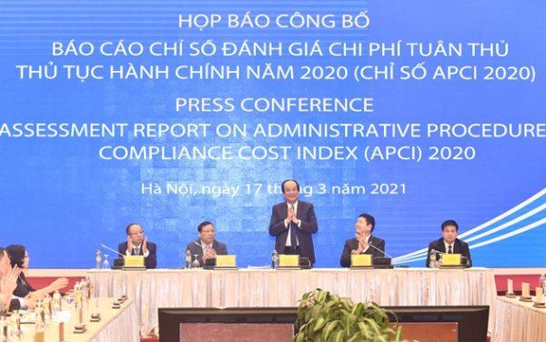 """APCI 2020: Chi phí không chính thức """"có mặt"""" ở tất cả thủ tục hành chính"""