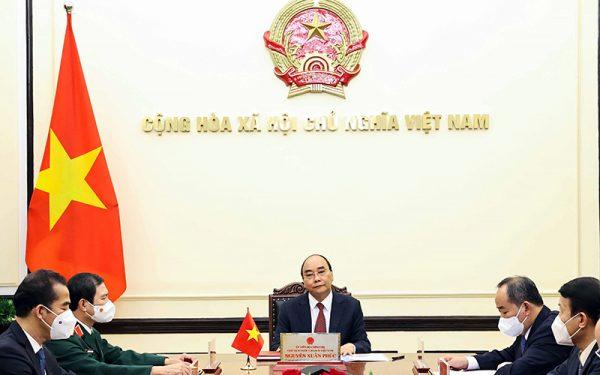 Chủ tịch nước Nguyễn Xuân Phúc điện đàm với Tổng thống Liên bang Nga